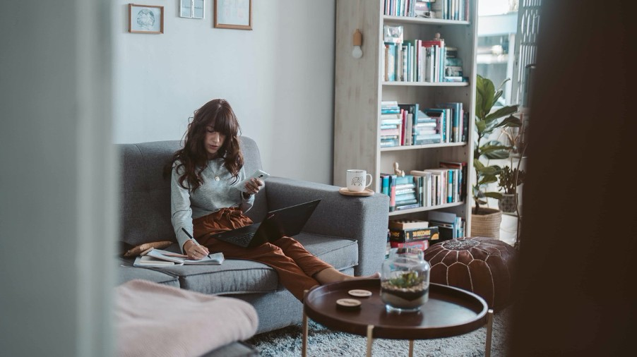 3 tips to improve work-life balance when working from home